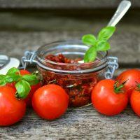 tomatoes-2500784_1920
